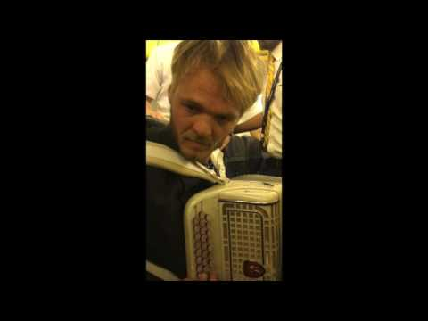 the french Accordion Player in Ryanair...