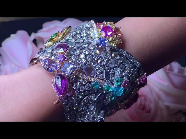 Anna Hu one of a kind bracelet inspired by  Saint Basil's ...