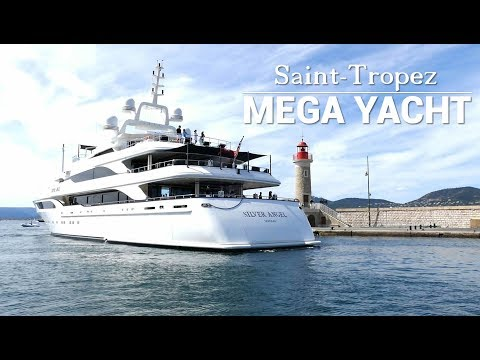 Super Mega Yacht St Tropez