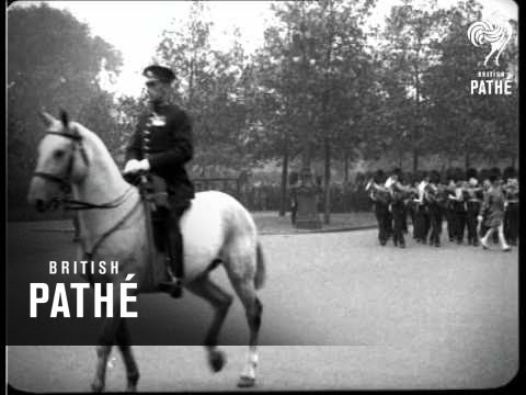 Cuts / Out Takes For Guards War Memorial In G 1338  (1926)