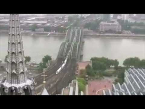 Koln Cathedral - Up to the top and back down again (FAST)