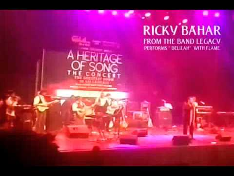 "TOM JONES HIT "" DELILAH"" -  RICKY BAHAR FROM THE BAND LEGACY PERFORMS WITH FLAME"
