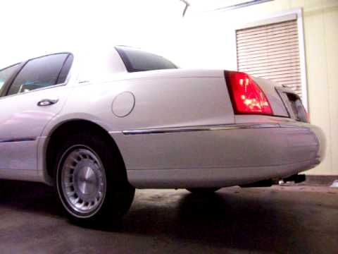Lincoln Town Car 99 Air Ride Suspension Youtube