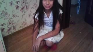Танец ног!Девочке 12 лет танцует отлично!☺😁😙😘Теz Cadey-Seve.
