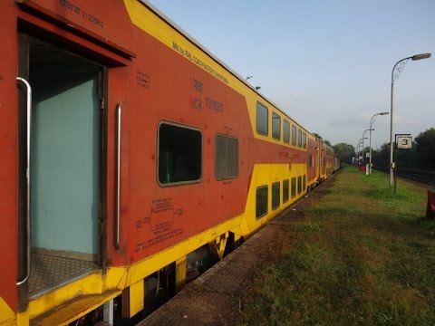 GOA AC DOUBLE DECKER EXPRESS : FULL JOURNEY - SAWANTWADI TO MUMBAI : KONKAN RAILWAYS