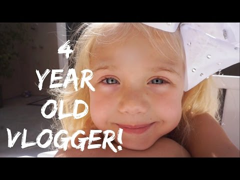 MEET EVERLEIGH, THE WORLDS YOUNGEST VLOGGER!