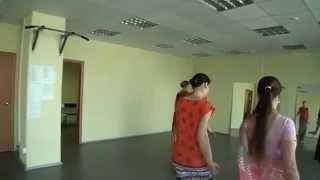 Индийские танцы обучение онлайн. Харинамный танец
