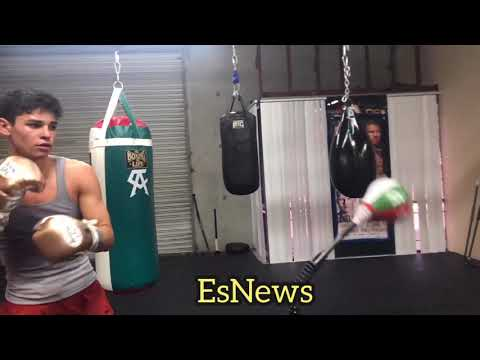 Ryan Garcia Training INCREDIBLE SKILLS - Esnews Boxing