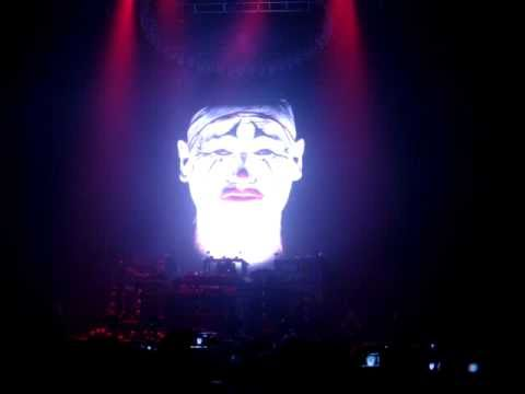 Chemical Brothers - Brothers gonna work it out/Block rockin' beats live in Melbourne (9 March 2011)