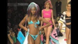 Popular Carla Bruni & Model videos