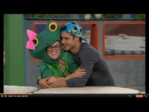 nicody cheek kiss 7/14/14