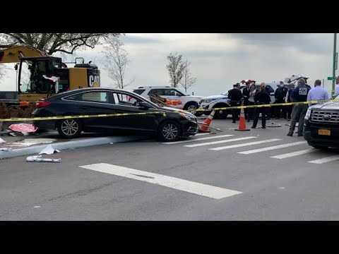 Woman gunned down on NYC street, boyfriend hits suspect with car