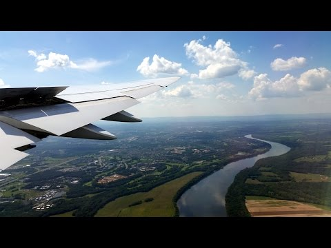 Lufthansa Boeing 747-8 approach and landing at Washington-Du