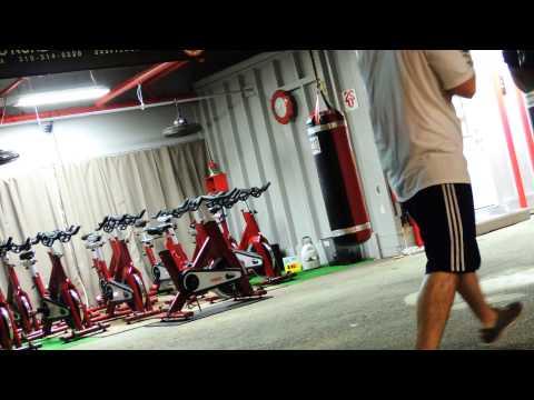 DSCN9533 GRover vs TRistain@ 220 fitness santa monica