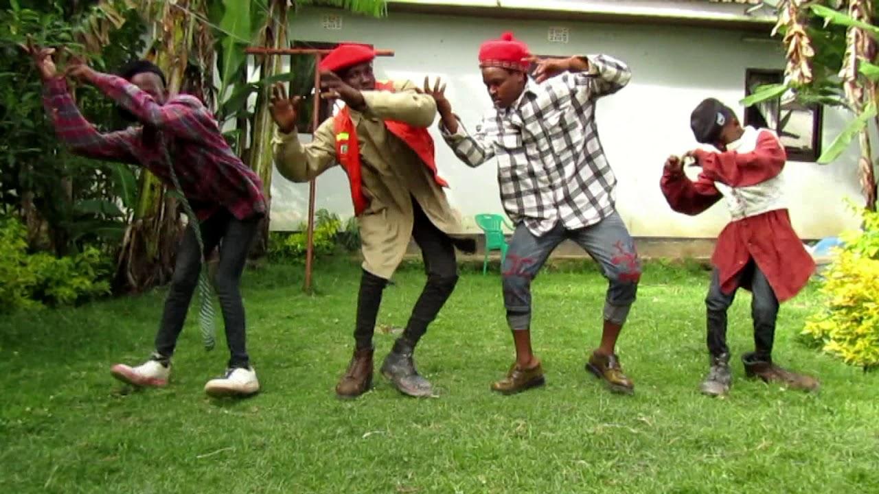 Download CHUGA DANCE SI TIMAMU WAKICHEZA NYIMBO YA KWAYA MIMINA, CHALII YA R
