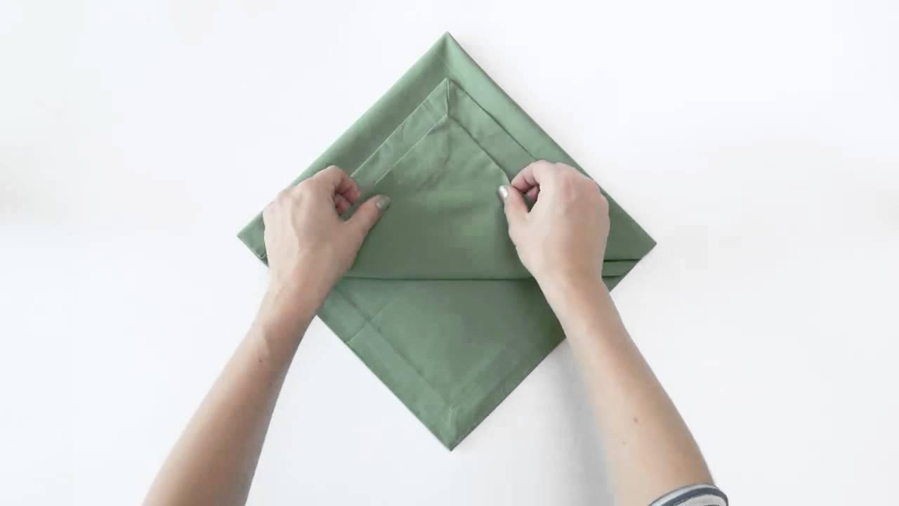 Como doblar una servilleta en navidad youtube - Doblar servilletas para navidad ...
