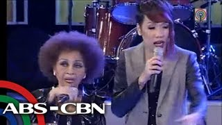 Repeat youtube video Pilita, Elizabeth Ramsey perform on 'GGV'