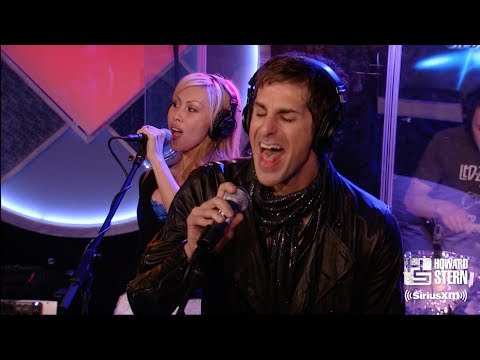 """Perry Farrell """"Been Caught Stealing"""" on the Howard Stern Show"""