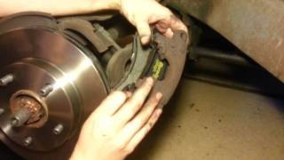 GIRLS CAN CHANGE BRAKES? 95 Chevy blazer Brake pad & rotor replacement.