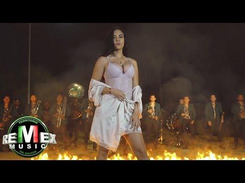 Banda Santa y Sagrada - Falsa y traicionera ft. Marco Flores (Video Oficial)