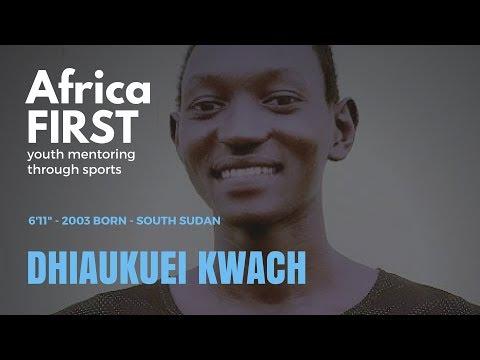 Dhiaukuei Kwach, 6'11 2003 born talent from South Sudan