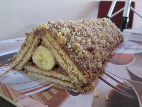 Rolat sa bananom i keksom