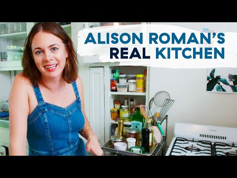 New York Times Chef Alison Roman Shows Us Her Home Kitchen ...