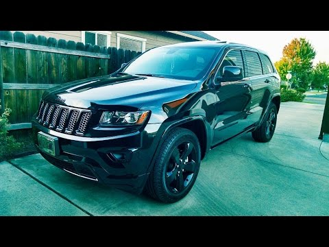 Jeep Cherokee Altitude >> 2015 JEEP GRAND CHEROKEE ALTITUDE EDITION in BRILLIANT BLACK - YouTube
