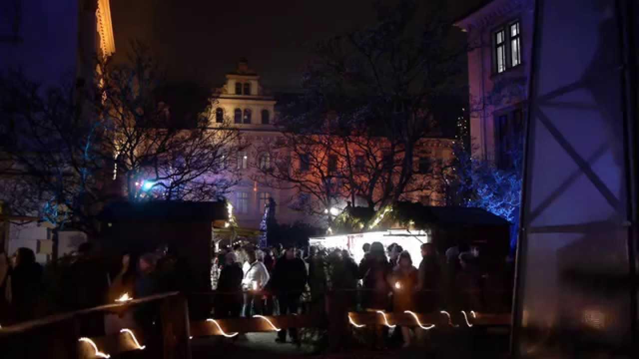 Romantischer Weihnachtsmarkt.Romantischer Weihnachtsmarkt Auf Schloss Thurn Und Taxis Zu Regensburg Gefilmt Mit Einer Lumix Gh2