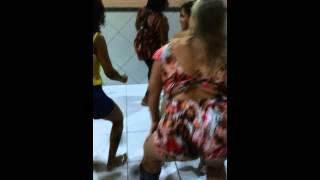 Viviane Araújo no baile funk