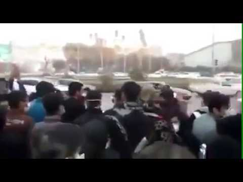 Ahvaz rallies continuing, protesters chanting anti-regime slogans in Iran
