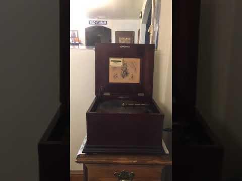 Smokey Mokes Cake Walk - Regina Music Box 1895
