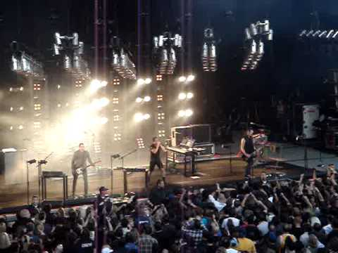 Nine Inch Nails @ Santa Barbara Bowl  5-21-09   NINJA Tour