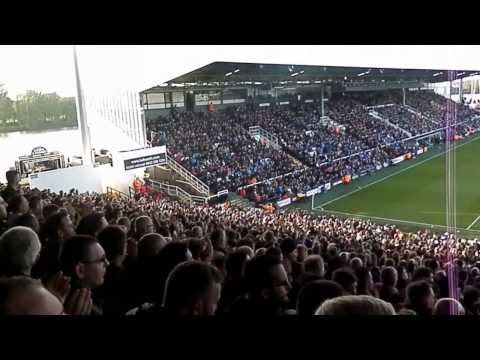 United Calypso chant. Fulham - Manchester United away stand United fans singing. 2/11/2013