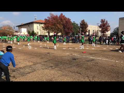 Blackburn Middle School Marching Band at 2017 City of Jackson Holiday Parade