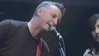 KT Tunstall & Billy Bragg This Wheel