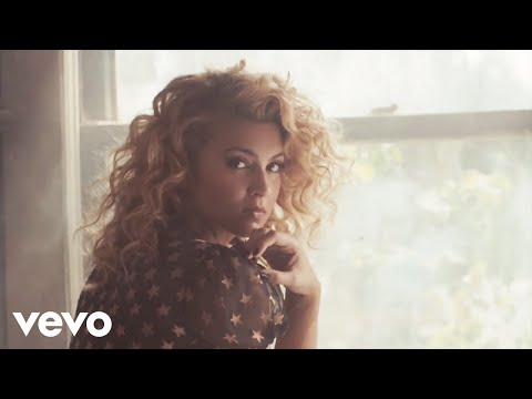 Tori Kelly - Hollow (Official)
