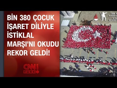 Bin 380 çocuk işaret diliyle İstiklal Marşı'nı okudu: Rekor geldi!