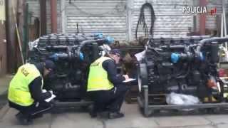 Dwie naczepy z towarem, 15 nowych silników Scania oraz 3 samochody osobowe, ujawniła Policja