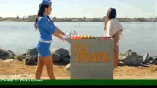 Iklan Maskapai dan Pramugari Paling Nakal yang pernah di Buat