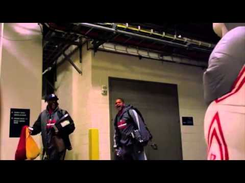 Houston Rockets Mascot Pranks Players After Practice