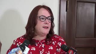 Piden esclarecer suicidio AMET en baño embajada EE.UU