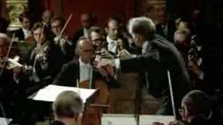 Gustav Mahler - Symphony No. 4 - 1 (1/2) - Leonard Bernstein