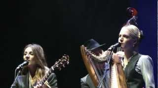 Leonard cohen and the webb sisters :Coming home to you :Barcelona 03/10/12