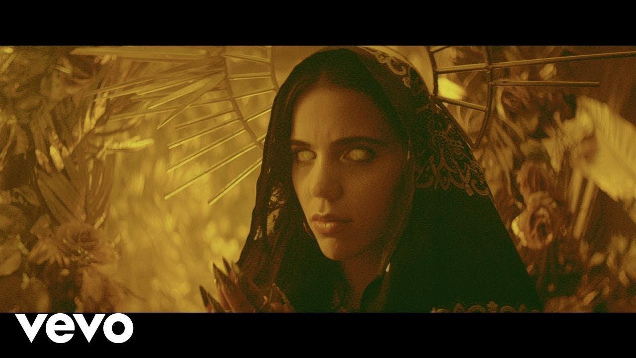 C. Tangana - Mala Mujer (Video Oficial)