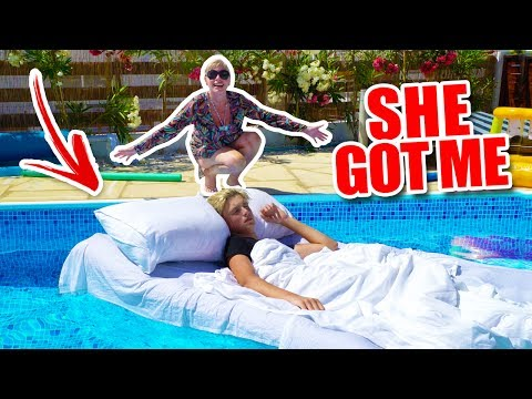 Thumbnail: WAKING UP IN A POOL!!! *PRANK*