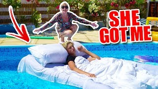 WAKING UP IN A POOL!!! *PRANK*