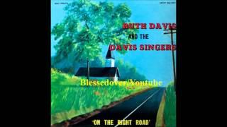 Ruth Davis & the Davis Singers - He's Pleading For Me
