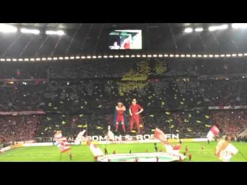Bayern-Borussia Dortmund, lo spettacolo della tribune