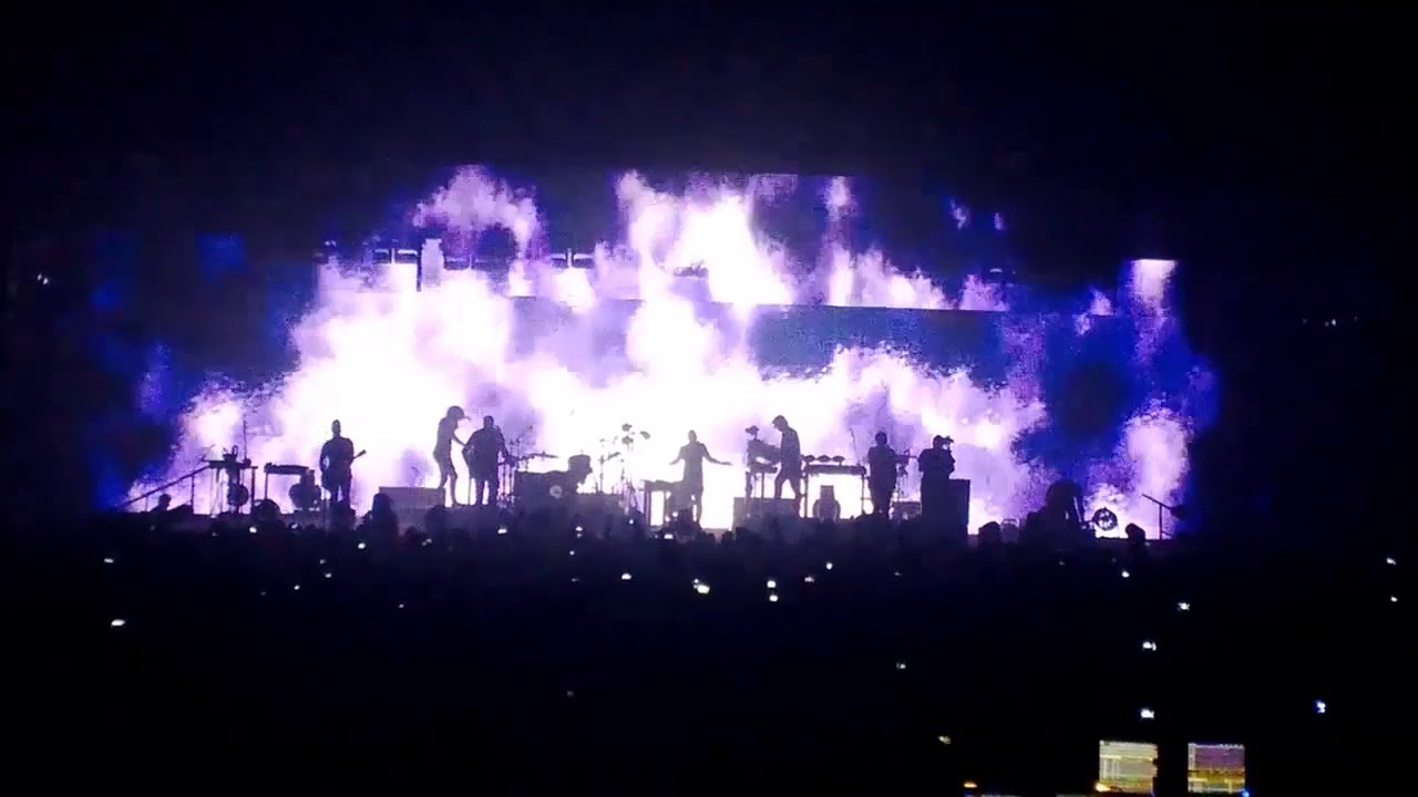 Nine Inch Nails - Tension Live 2013, Show edition - YouTube
